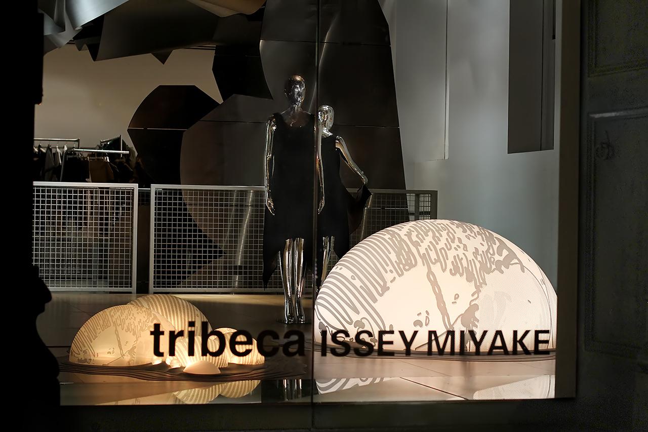 Grimanesa Amoros Issey Miyake 03-NoNoise